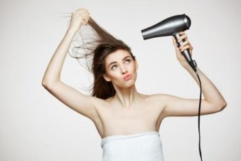 Tips for choosing a hairdryer from experts